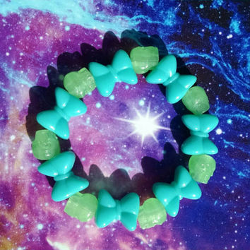 Green Skulls Teal Bows Pretty Stretch Bracelet Kandy Raver Girl Japanese Street Fashion