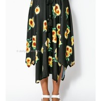 Sunny Flow Skirt - Black - SALE