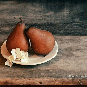 Pear Print, Fruit Photography, Kitchen Art, Wall Decor, Rustic Home, Vintage Style Decor |'Quite A Pear'