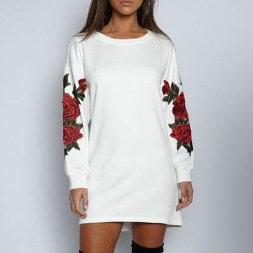 Winter Hot Sale Fashion Embroidery Round-neck Sweater