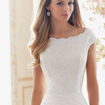 Vintage Lace Cropped Wedding Dress Top | Style 6839 | Morilee