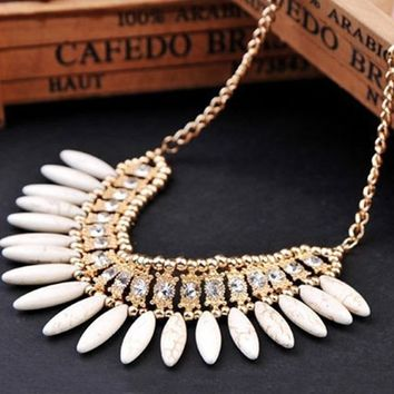 Women Crystal Pendant Choker Chunky Statement Bib Necklace Chain 1PC