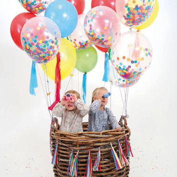Pack of 12 x 11'' Balloon with choose your colors confetti inside