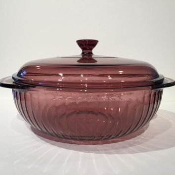 Pyrex Visions Cranberry Paneled Glass Casserole Dish with Lid, 2 Quart Pyrex Visions Corning Ovenware, Round Casserole Dish #024S/ #624C
