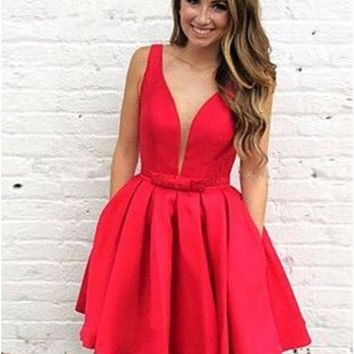 Red V-neck Straps Short Homecoming Dressed with Bowknot Pleats