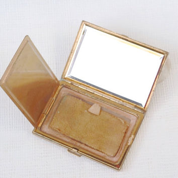 Best Vintage Makeup Powder Compact Products On Wanelo
