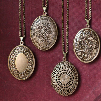 Floral Tapestry Natural Perfume Locket with Antique finish - Romantic pendant with nature fragrance - Wedding Bridesmaid Gifts