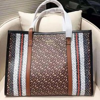 Burberry fashion new women's print shoulder bag handbag shopping bag