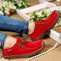 Breathable Lace-up Moccasins