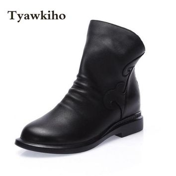 Tyawkiho Women Ankle Boots Black Designer Ladies Low Heel Chelsea Boots Handmade Women Leather Boots Slip On Style Pleated