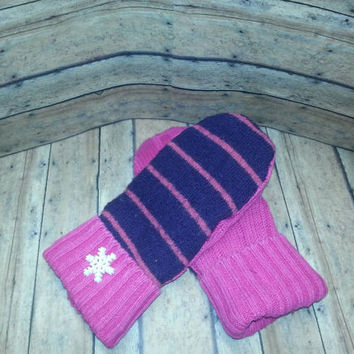Purple and pink Recycled Sweater Mittens,upcycled sweaters, handmade mittens, upcycled sweater mittens, teen xs Mittens, fleece lined mitten