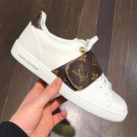 LV  Retro white shoes