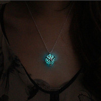 Steampunk Pretty Magic Round Fairy Locket Glow In The Dark Pendant Necklace Glowing Luminous Vintage Necklaces P1176