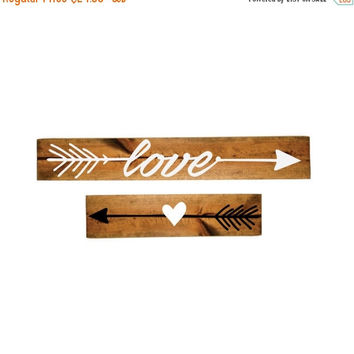 ON SALE - Heart and Love Arrow Wood Sign Set - Girls Bedroom Decor, Wall Decor, Reclaimed Barn wood, Wood Home Decor, Gift for Her, Vinyl