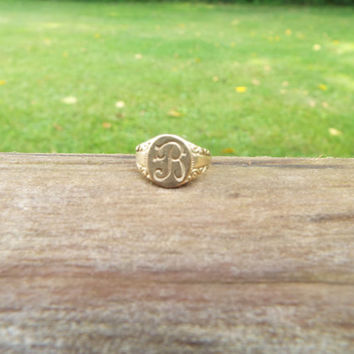 Antique Ring/Victorian Ring/Signet Ring/Initial Ring/Initial B Ring/Initial R Ring/Gold Fill Ring/Size 3/Midi Ring/Pinky Ring/Gold Ring