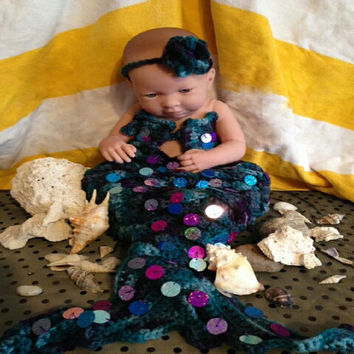 Photography prop crochet mermaid set/Mermaid costume/Girl photo prop/Crochet sequined mermaid.  Pattern by April Hubbard