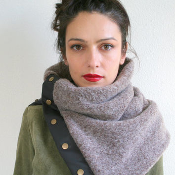 Winter wool cowl, chunky wool knit scarf, unisex scarf