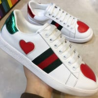 GUCCI New fashion stripe love heart couple high quality shoes White