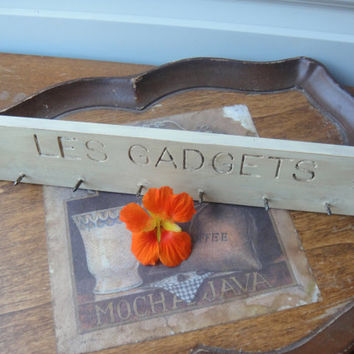Vintage Off White Gadget Hanger - Les Gadgets Nails Organizer Up Cycled Shabby Distressed Antique White Beach Decor French Cottage Decor