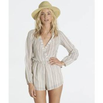 COASTAL BREAK ROMPER