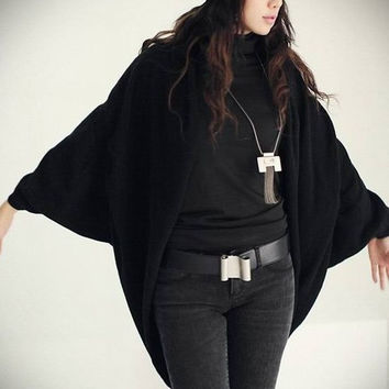 Fashion Sleeve Cardigan Sweater Loose Long Cape Coat Knit Crochet Tops Shawl SCE030