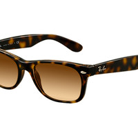 Look who's looking at this new Ray-Ban New Wayfarer Gradient
