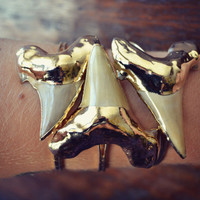 Lux Divine Large Sharks Tooth Bracelet