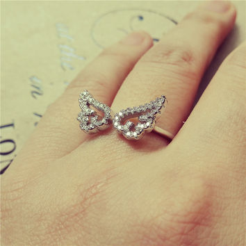Yan & Lei Alloy Angel Wing Ring