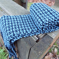 Woven cotton scarf, blue scarf, Houndstooth pattern, hand-weaving, lightweight scarf, handmade accessories, gifts for mom, fashion scarf