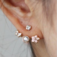 Lovely small flower  stud earring   from looback