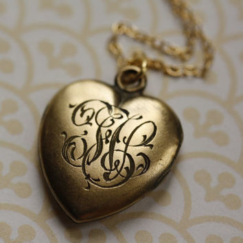 Monogram Locket, Engraved Necklace, Gold Heart Pendant, Gold Filled, Simple, Picture Frames, Jewelry for Women, Jewellery