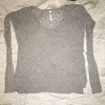 Aeropostale Gray Sweater, Beautiful Knit like Sweater, Med!