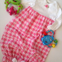 Pink Houndstooth Flannel Sleep Sack, Pink Sleep Sack, Houndstooth Layette Gown, Baby Hospital Gown