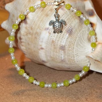 Sea Turtle Green Peridot & Pearl Beaded Hand Crafted Charm Bangle Bracelet