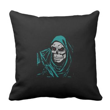 Halloween evil throw pillow