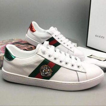 Trendsetter Gucci Woman Men Fashion Tiger Embroidery Flats Shoes Sneakers Sport Shoes