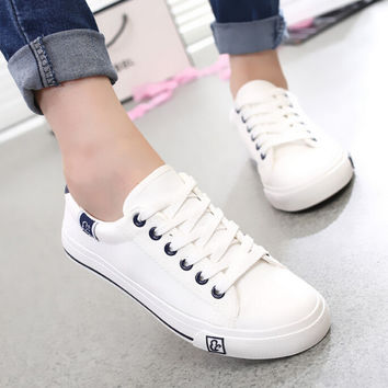 Cool women fashion all size casual canvas shoes zapatos de mujer lady leisure star printed flat shoes female sapatos femininas