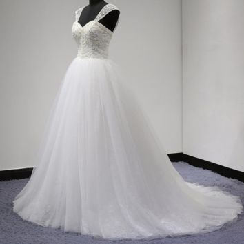 Ball Gown Wedding Dresses with Detachable Strap Luxury Pearl Beaded Tulle Lace Layer Sweetheart