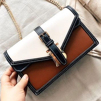 Burberry New fashion pattern print chain hit color shoulder bag crossbody bag