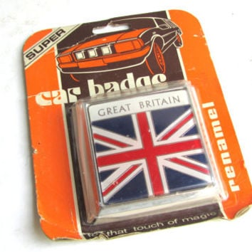 Vintage Renamel Great Britain Car Badge Mint Condition Automobilia