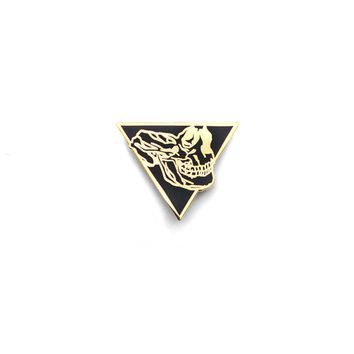 Time Travel Triangle Skull Lapel Pin