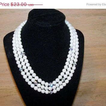 25% Off Vintage Necklace JAPAN White Glass Beads Crystal Accents Wedding Bridal Party Jewelry Jewellry Special Occasion Gift for Her