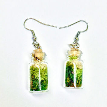 Terrarium Earrings, Moss Jewelry, Glass Bottle Earrings, Botanical Jewelry, Woodland Earrings, Preserved Plants, Boho Earrings, Gift for Her