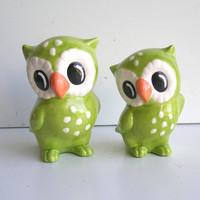 Ceramic Love Owl Figurines Vintage Design in Chartreuse Cake toppers Home Decor Kitsch Curio Cabinet Decor