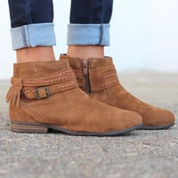 Minnetonka: Dixon Boot {Dusty Brown}