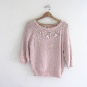 80s pale pink sweater. sweater with beads and sequins. size M