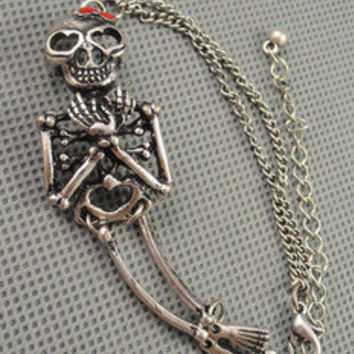 Vintage Style Antique silvery human skeleton Pendant Women Jewelry Chain Cuff Bracelet  Men metal bracelet 1222A
