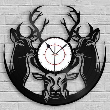 Woodland Deer Hunter Clock, Hunting Gift, Deer Head, Deer Antlers, Wall Art, Animals Decor, Vinyl Record Art, Home Decoration, Gift for Him