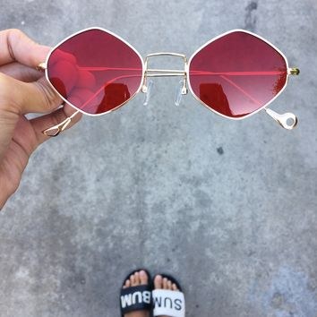 Source Energy Round Vintage Sunnies