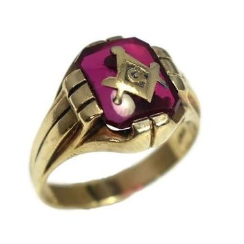 1940s Masonic Ring 10k Gold Lab Ruby Vintage Masons